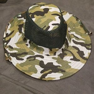🍍SALE! Camo Boonie Hat with Face Net